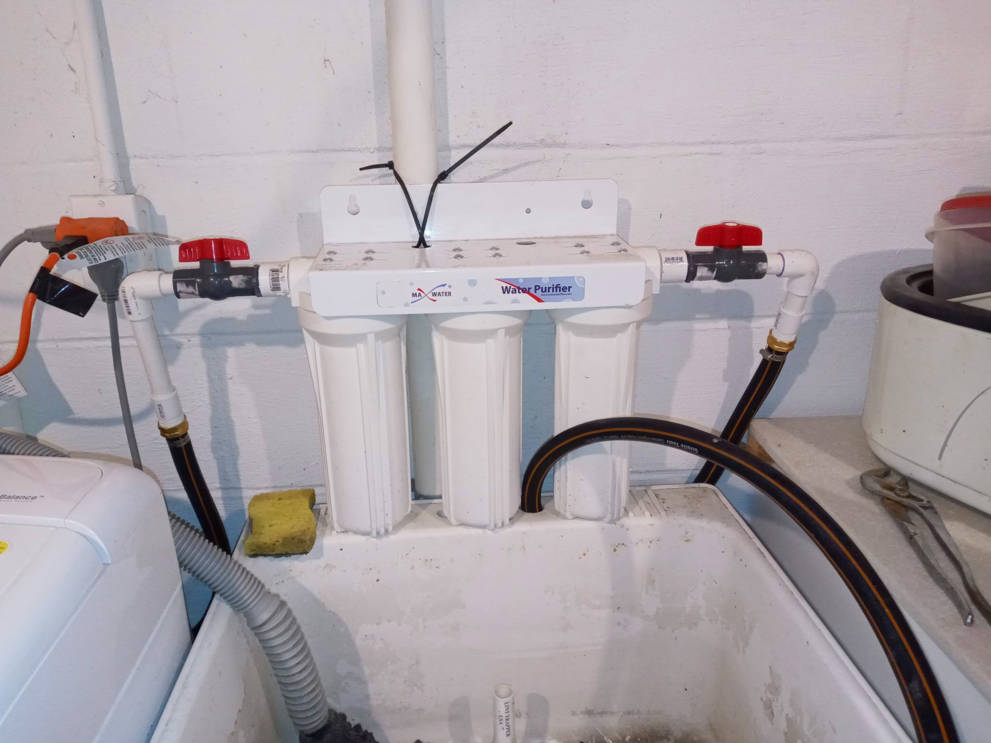 3 stage water filter.jpg