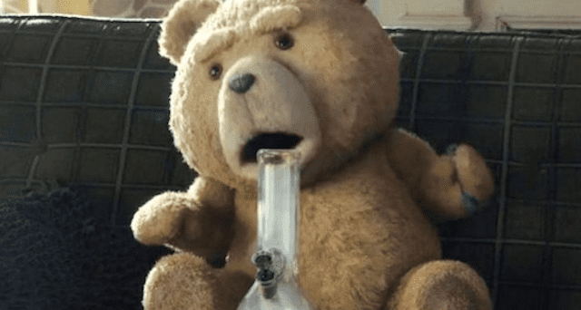 TED-smoking-Bong.png